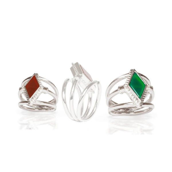 Green agate and carnelian ring